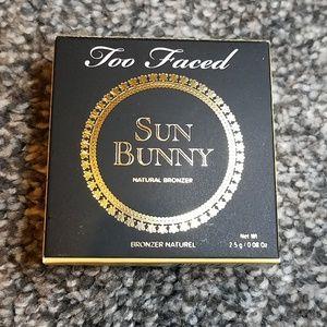 Too faced sun bunny